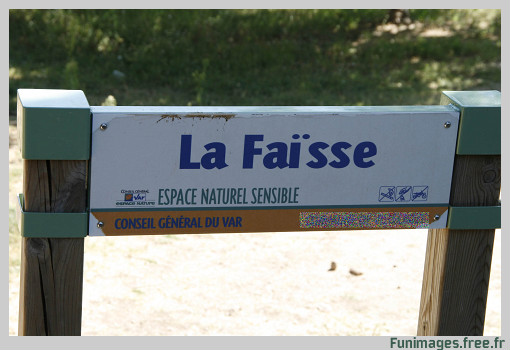 Panneaux comiques - Page 3 Funimages.free.fr%20signaletique%20panneaux%20insolite%20octobre%202008%204