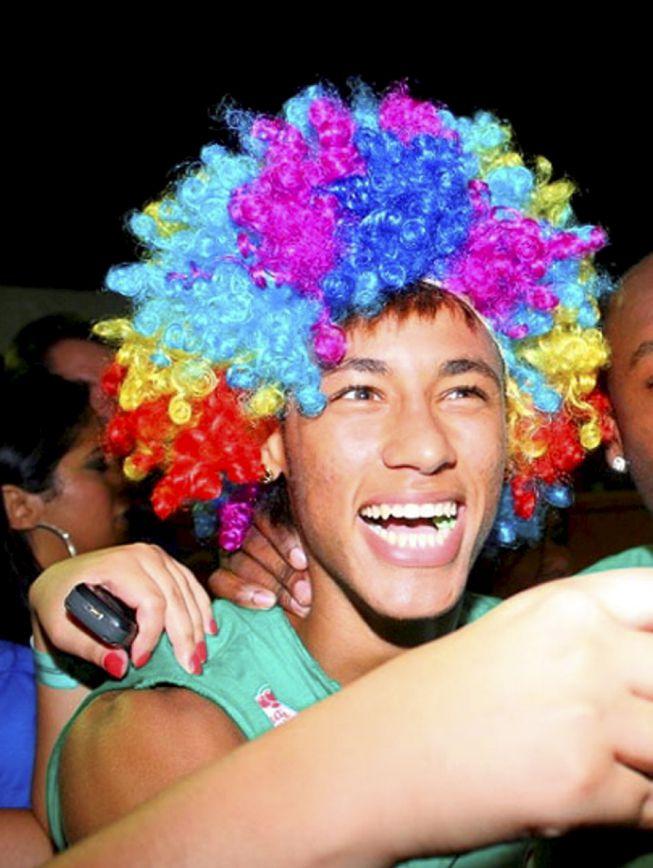 Fotos de Neymar. I'm a believer. - Página 2 1369504452_553895_1369505685_album_grande