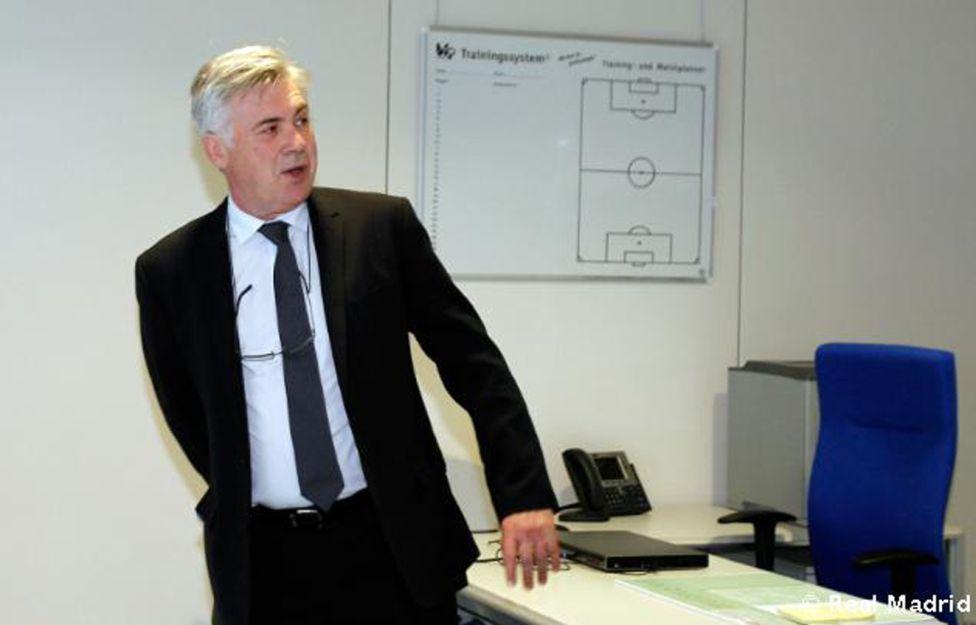 Carlo Ancelotti - Page 4 1372240998_704401_1372245147_album_grande
