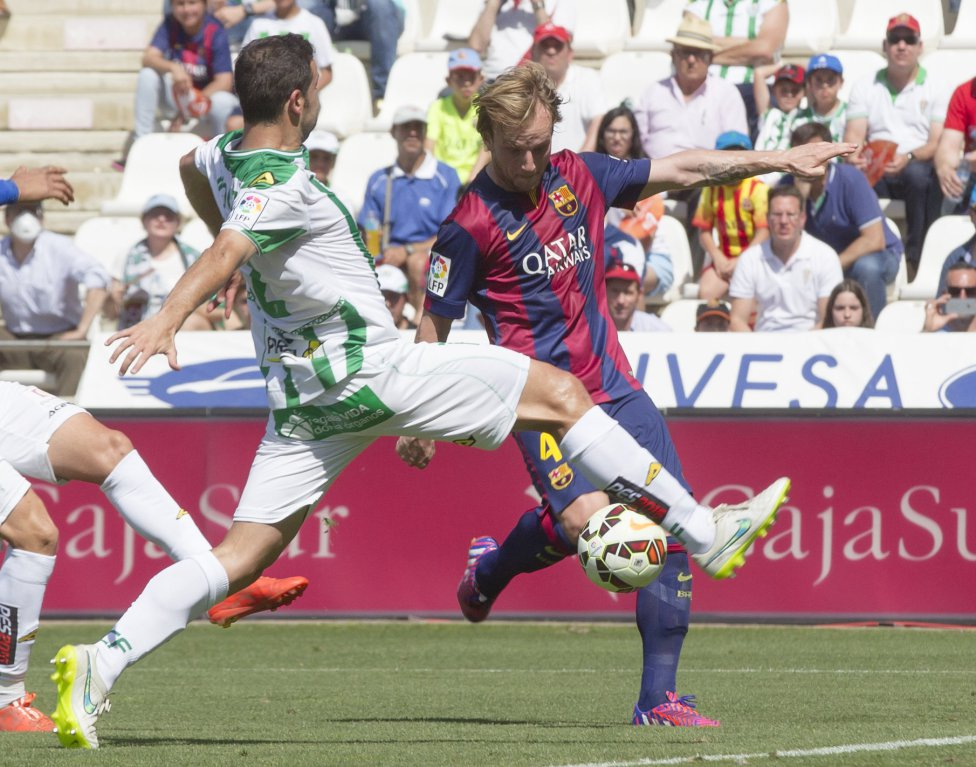 صور : مباراة قرطبة - برشلونة  0-8 ( 02-05-2015 )  1430577536_069101_1430583265_album_grande