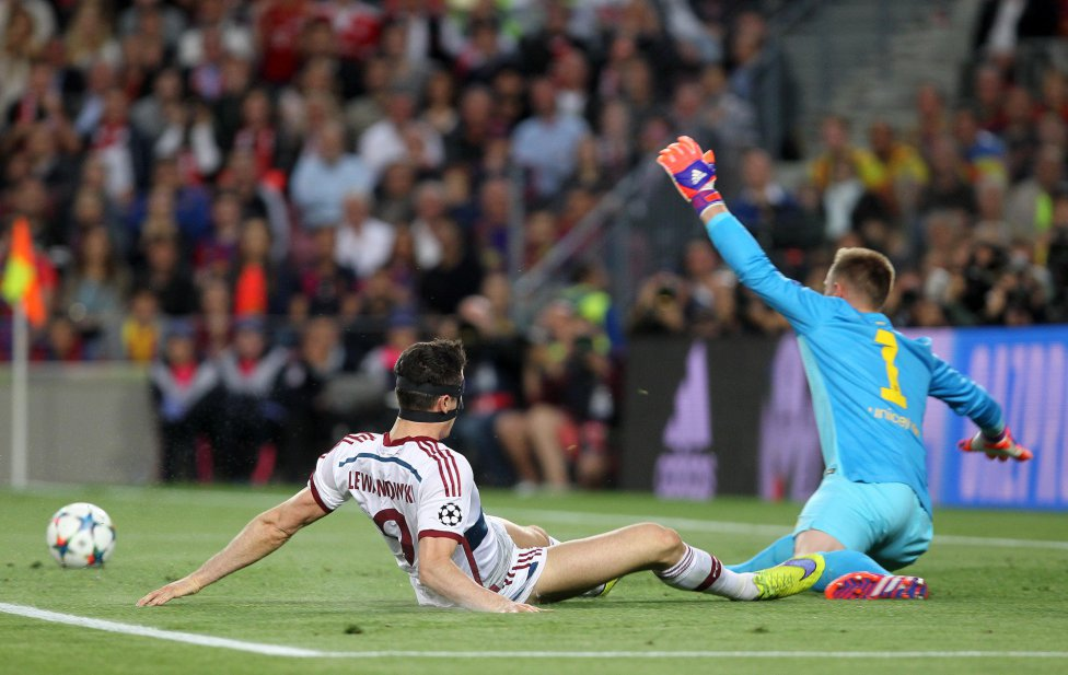 صور : مباراة برشلونة - بايرن ميونيخ  3-0 ( 06-05-2015 )  1430938472_809808_1430942869_album_grande