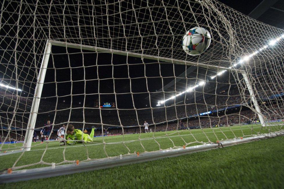 صور : مباراة برشلونة - بايرن ميونيخ  3-0 ( 06-05-2015 )  1430938472_809808_1430946452_album_grande
