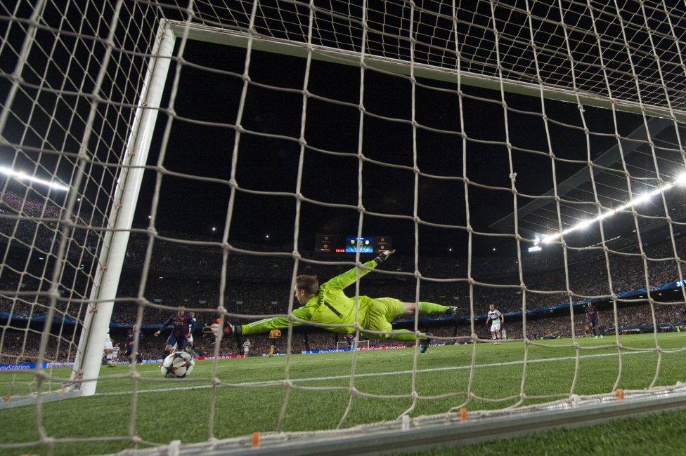 صور : مباراة برشلونة - بايرن ميونيخ  3-0 ( 06-05-2015 )  1430938472_809808_1430946453_album_grande