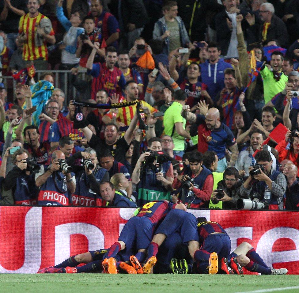 صور : مباراة برشلونة - بايرن ميونيخ  3-0 ( 06-05-2015 )  1430938472_809808_1430946570_album_grande