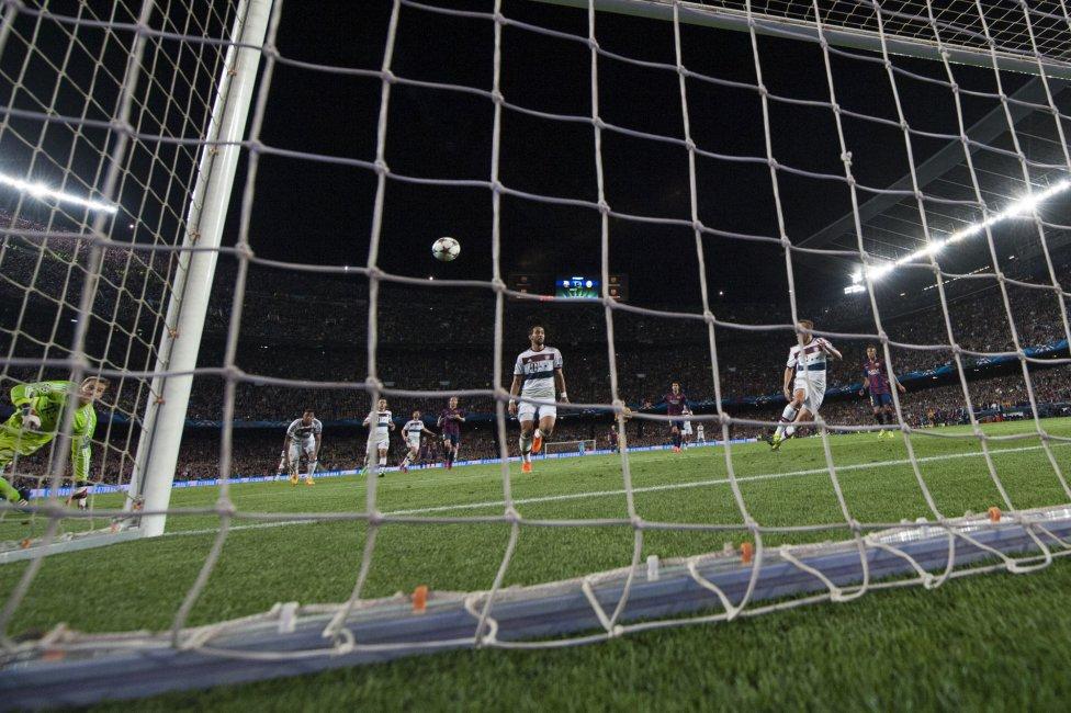 صور : مباراة برشلونة - بايرن ميونيخ  3-0 ( 06-05-2015 )  1430938472_809808_1430946937_album_grande