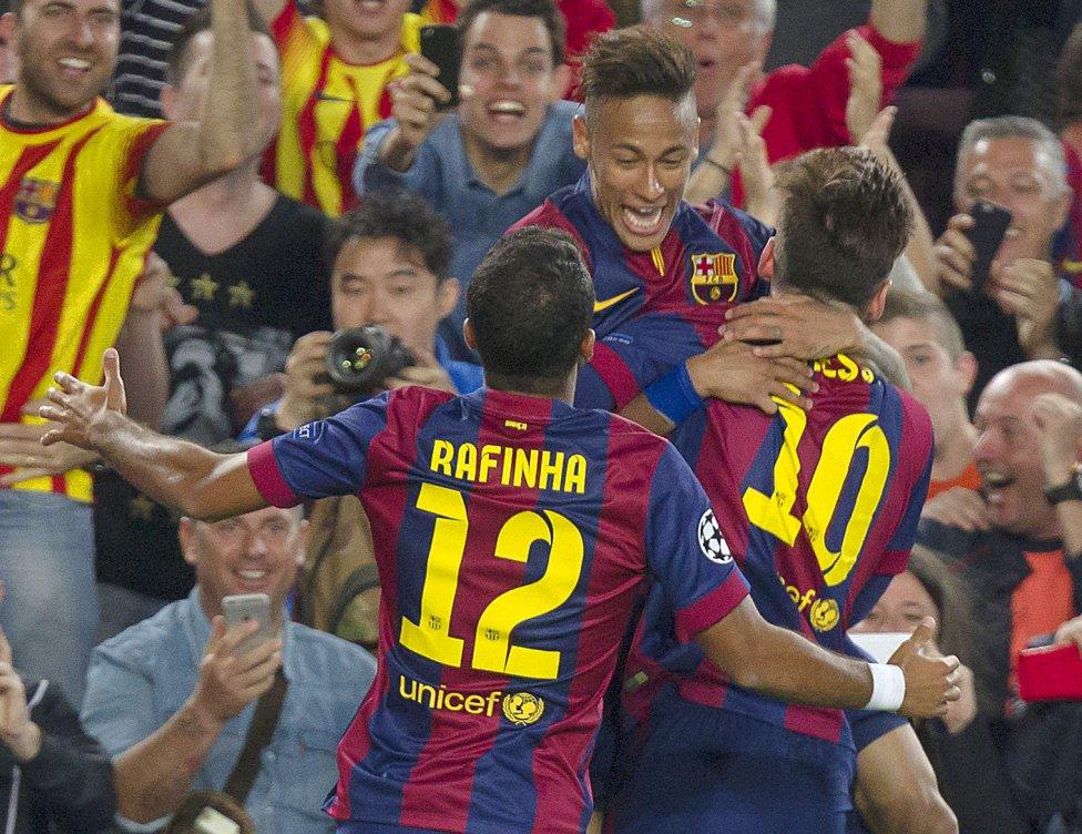 صور : مباراة برشلونة - بايرن ميونيخ  3-0 ( 06-05-2015 )  1430938472_809808_1430947116_album_grande