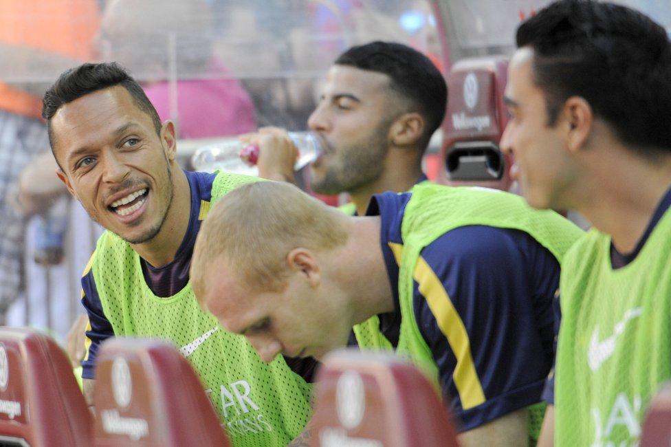 صور : مباراة أتليتيكو مدريد - برشلونة 0-1 ( 17-05-2015 )  1431882723_714580_1431884240_album_grande
