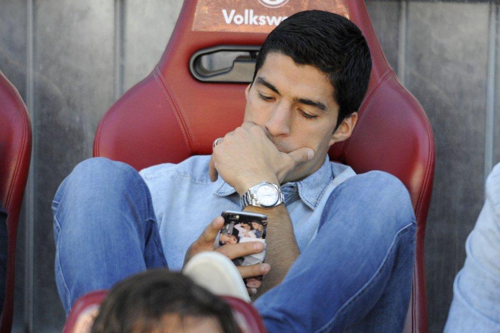 صور : مباراة أتليتيكو مدريد - برشلونة 0-1 ( 17-05-2015 )  1431882723_714580_1431884243_album_grande