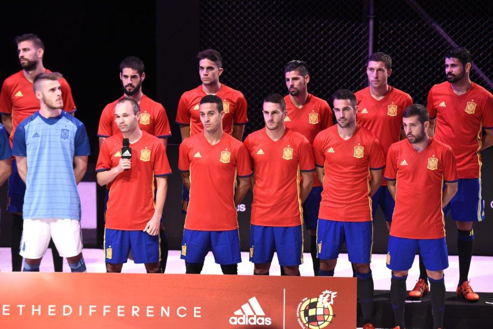 Hilo de la selección de España (selección española) 1447184193_150877_1447184570_album_grande