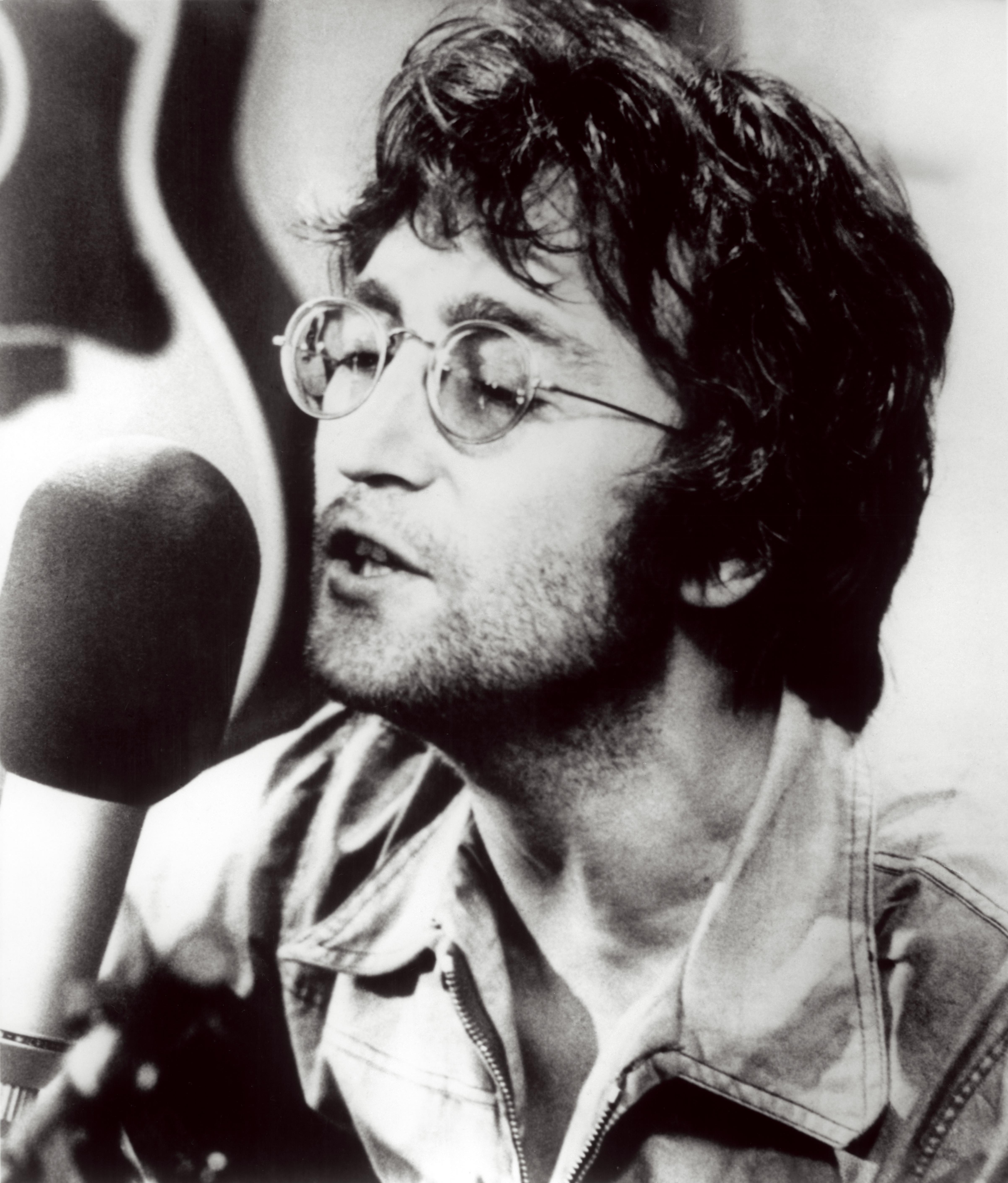 John  Lennon John_Lennon_2