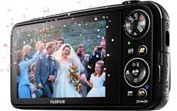 FinePix REAL 3D W3 digital camera Fuji_3d_lcd_250x