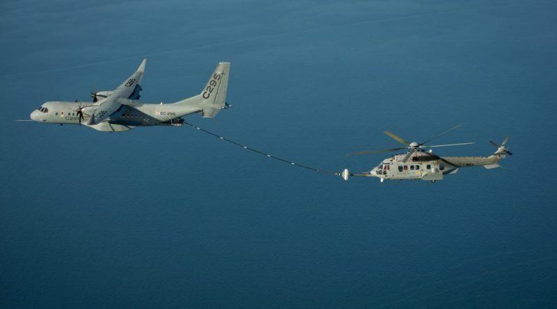 Colombia - CASA C-295 y C235 (Aviónes de transporte táctico medio España) - Página 3 C295-helicopter-1024x681-800x445
