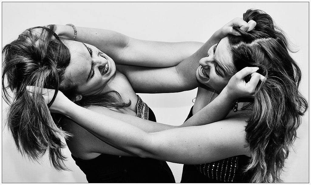L'Agence Matrimoniale : La confrérie des presque baiseurs - Page 3 2011083109442793