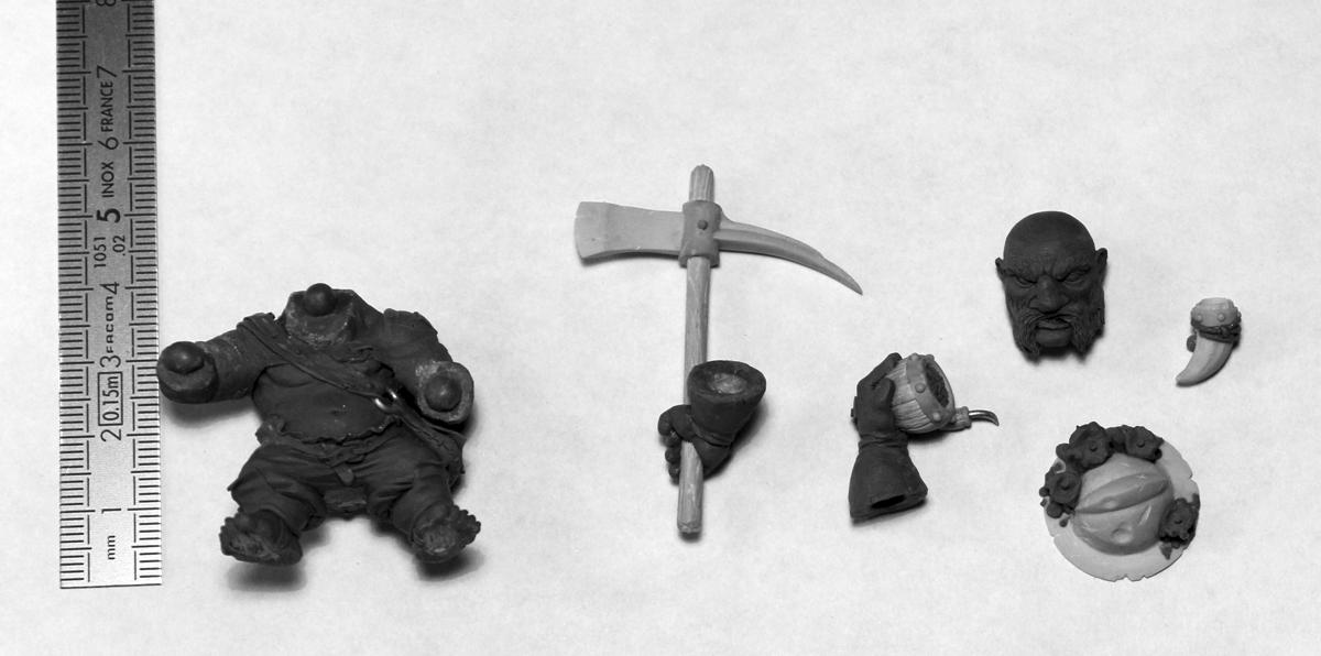 Blacksmith Miniatures : peinture de Morbag par matthieu ROUECHE! Decoupe_BISMUTH
