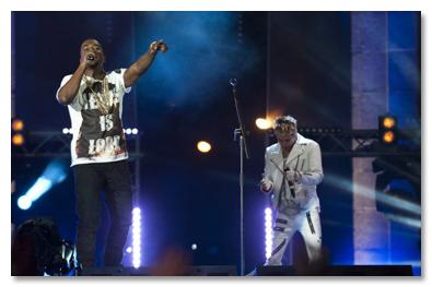 EMA Hurrican Performance w/ Kanye West