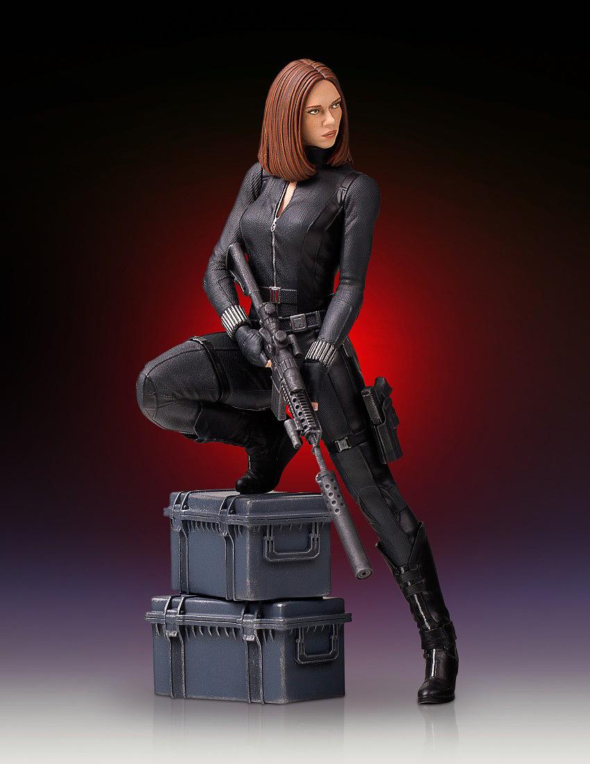 """BLACK WIDOW """"WINTER SOLDIER"""" 1/7 STATUE GENTLE GIANT Gentle-black-widow-statue-07"""