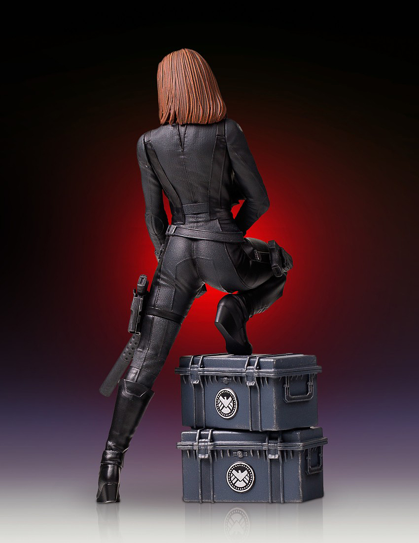 """BLACK WIDOW """"WINTER SOLDIER"""" 1/7 STATUE GENTLE GIANT Gentle-black-widow-statue-08"""