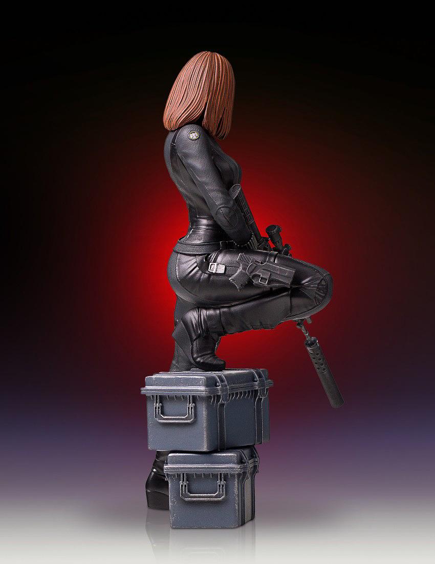 """BLACK WIDOW """"WINTER SOLDIER"""" 1/7 STATUE GENTLE GIANT Gentle-black-widow-statue-09"""