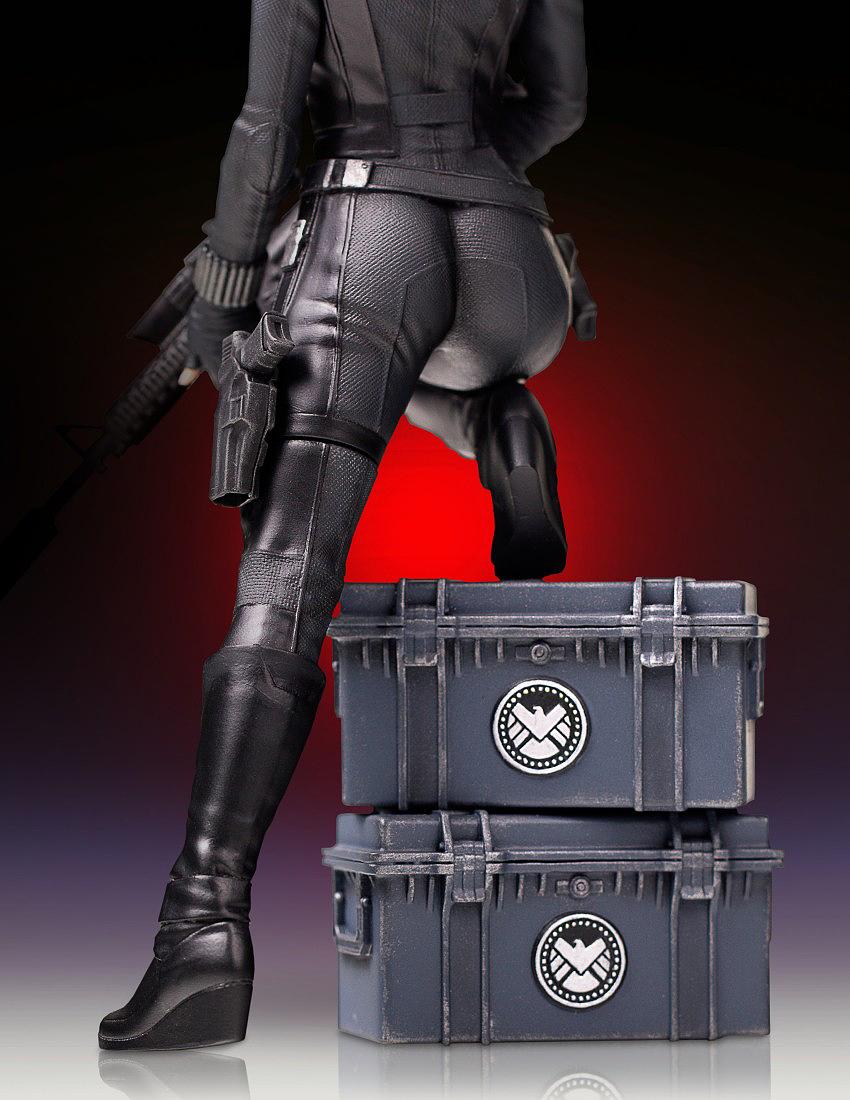 """BLACK WIDOW """"WINTER SOLDIER"""" 1/7 STATUE GENTLE GIANT Gentle-black-widow-statue-10"""