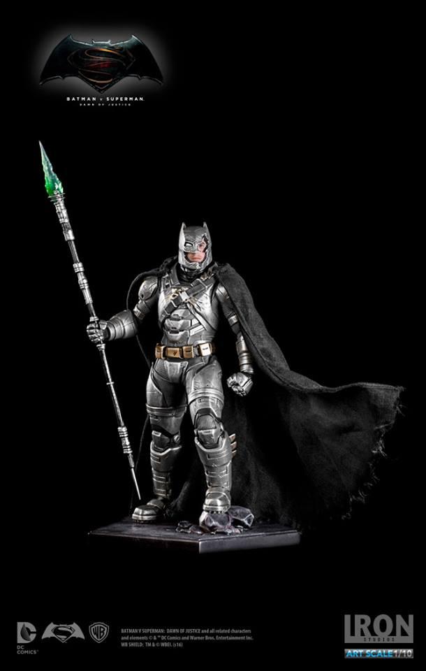 IRON STUDIOS: BATMAN ARMOR DAWN OF JUSTICE Art scale 1/10 Batman-battle-dammage-BvsS-art-scale-iron-studios-08