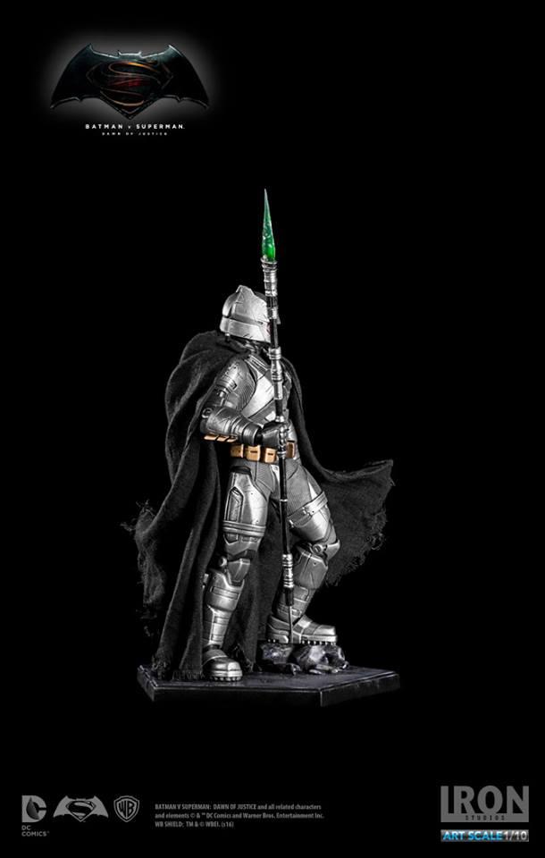 IRON STUDIOS: BATMAN ARMOR DAWN OF JUSTICE Art scale 1/10 Batman-battle-dammage-BvsS-art-scale-iron-studios-10