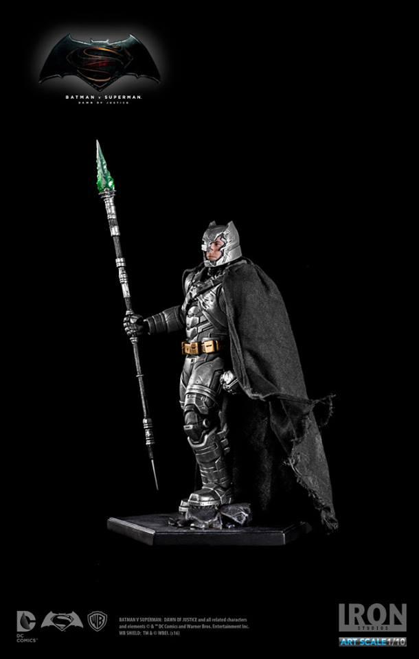 IRON STUDIOS: BATMAN ARMOR DAWN OF JUSTICE Art scale 1/10 Batman-battle-dammage-BvsS-art-scale-iron-studios-15