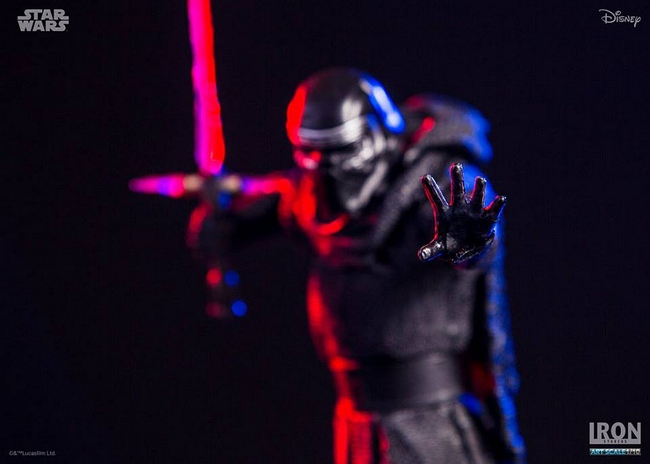 IRON STUDIOS: KYLO REN art scale 1/10 Kylo-Ren-Iron-studios-06