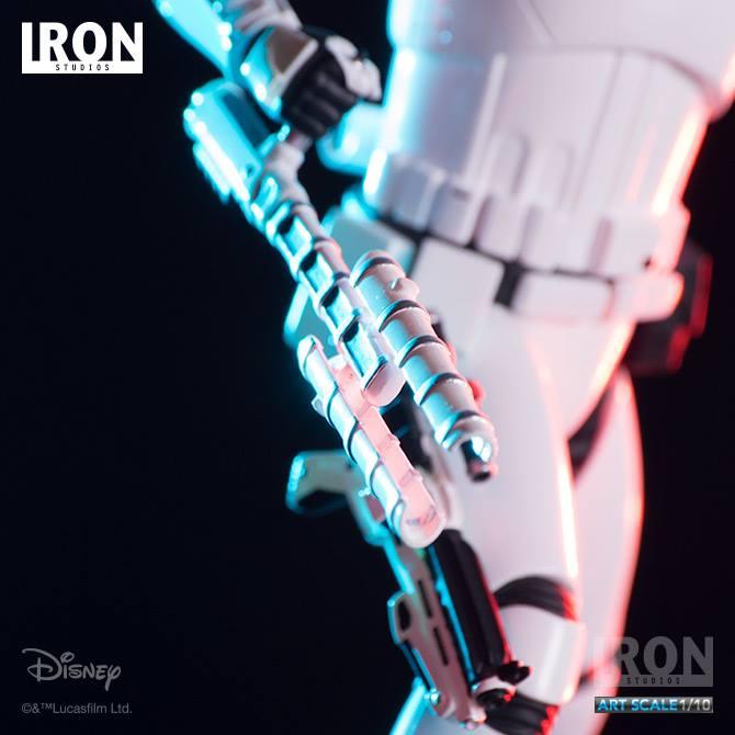 IRON STUDIOS: RIOT CONTROL STORMTROOPER Episode VII art scale 1/10  Riot-control-stormtrooper-art-scale-iron-studios-03