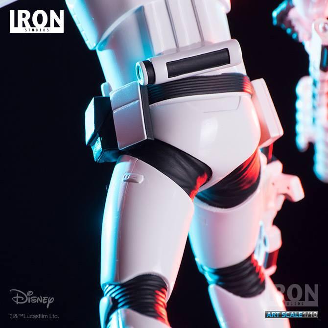 IRON STUDIOS: RIOT CONTROL STORMTROOPER Episode VII art scale 1/10  Riot-control-stormtrooper-art-scale-iron-studios-04