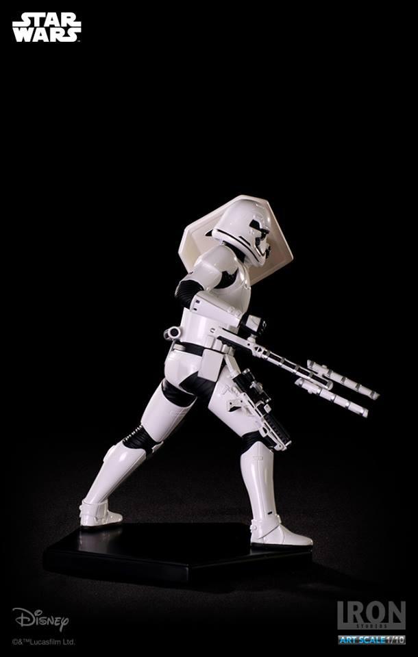 IRON STUDIOS: RIOT CONTROL STORMTROOPER Episode VII art scale 1/10  Riot-control-stormtrooper-art-scale-iron-studios-08
