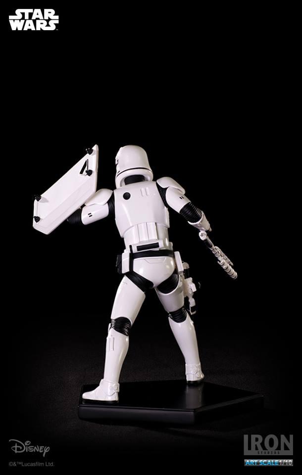 IRON STUDIOS: RIOT CONTROL STORMTROOPER Episode VII art scale 1/10  Riot-control-stormtrooper-art-scale-iron-studios-10