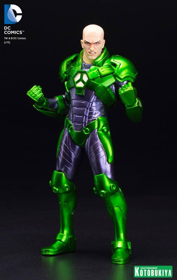 New 52 : LEX LUTHOR (armure) DC-Comics-Lex-Luthor-ARTFX-Statue.-1