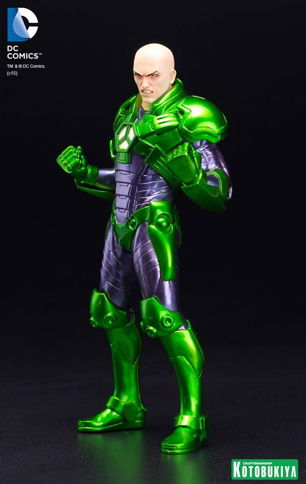New 52 : LEX LUTHOR (armure) DC-Comics-Lex-Luthor-ARTFX-Statue.-2