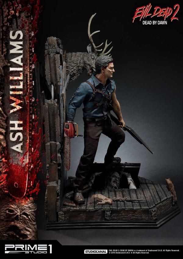 EVIL DEAD 2 : ASH WILLIAMS 1.3 Ash-Statue-4