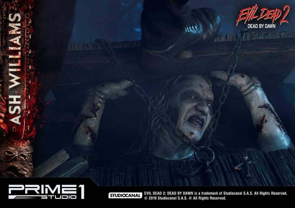EVIL DEAD 2 : ASH WILLIAMS 1.3 Ash-Statue-7