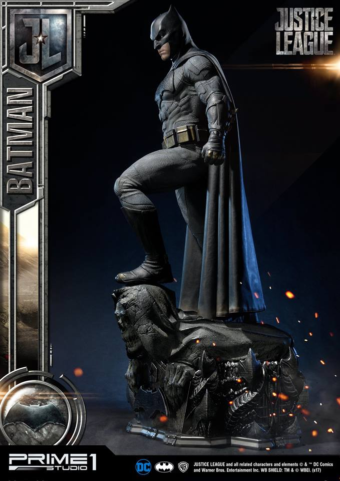 DC Comics - Justice League Movie - Batman 1/3 statue JLABatman14
