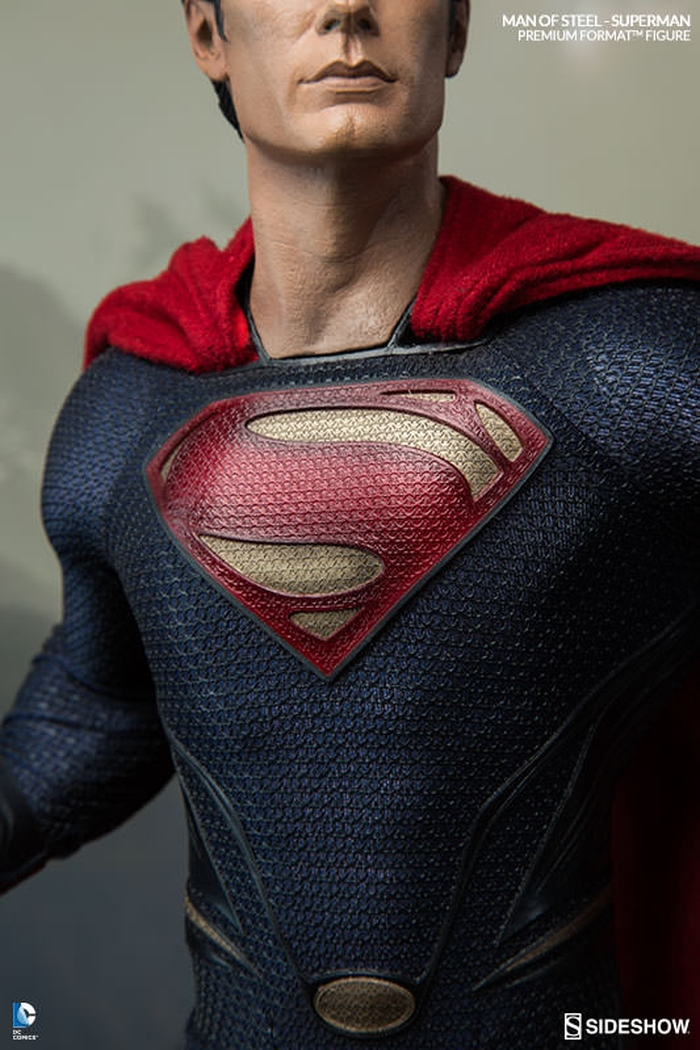 MAN OF STEEL SUPERMAN PREMIUM FORMAT FIGURE Man-of-steel-superman-premium-format-300351-03