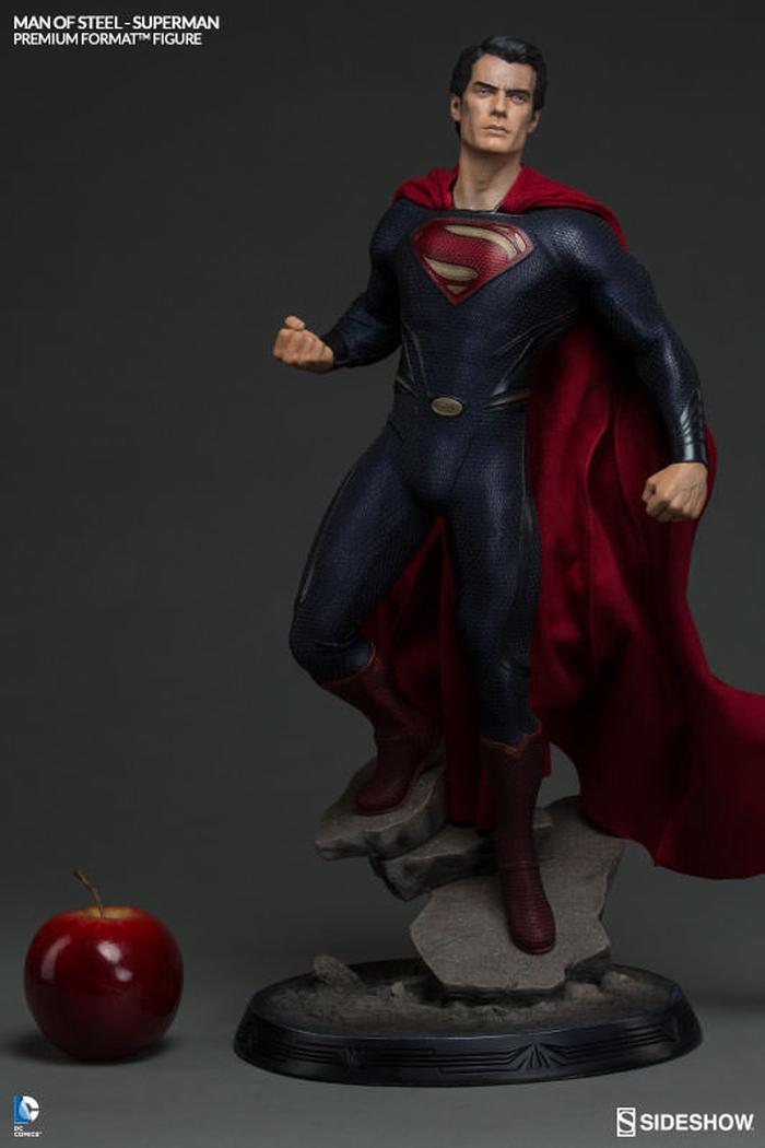 MAN OF STEEL SUPERMAN PREMIUM FORMAT FIGURE Man-of-steel-superman-premium-format-300351-04