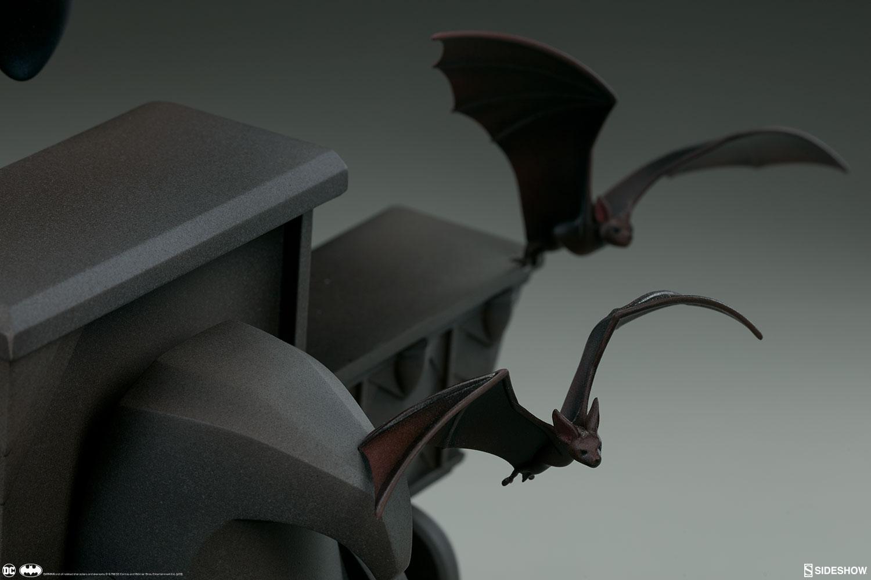 BATMAN  Animated series  Statue Dc-comics-batman-animated-series-collection-statue-sideshow-200542-23