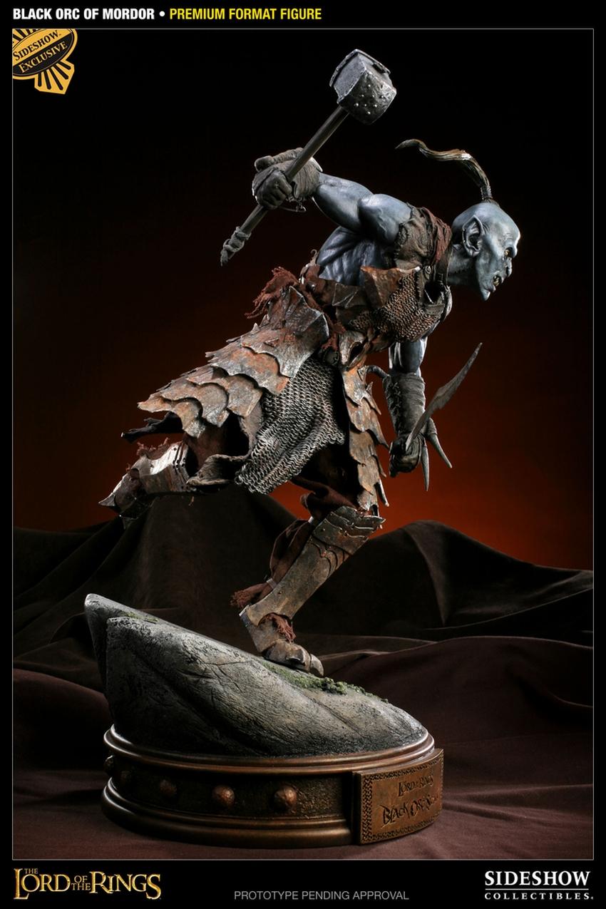 LOTR: BLACK ORC OF MORDOR Premium format Black-orc-of-mordor-premium-300075_press-09