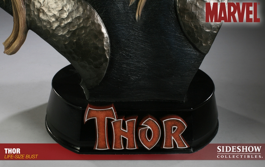 THOR Life size ust Thor-life-size-bust-400058_press-07