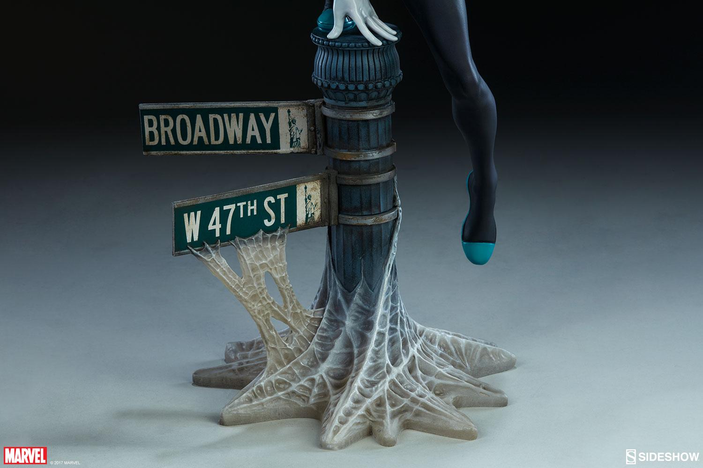 """SPIDER-GWEN """"MARK BROOKS"""" Statue -spider-gwen-statue-sideshow-200507-28"""