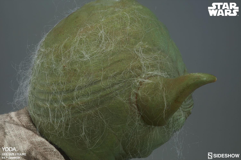 STAR WARS: YODA Life size figure Yoda-life-size-figure-400080-yoda-016