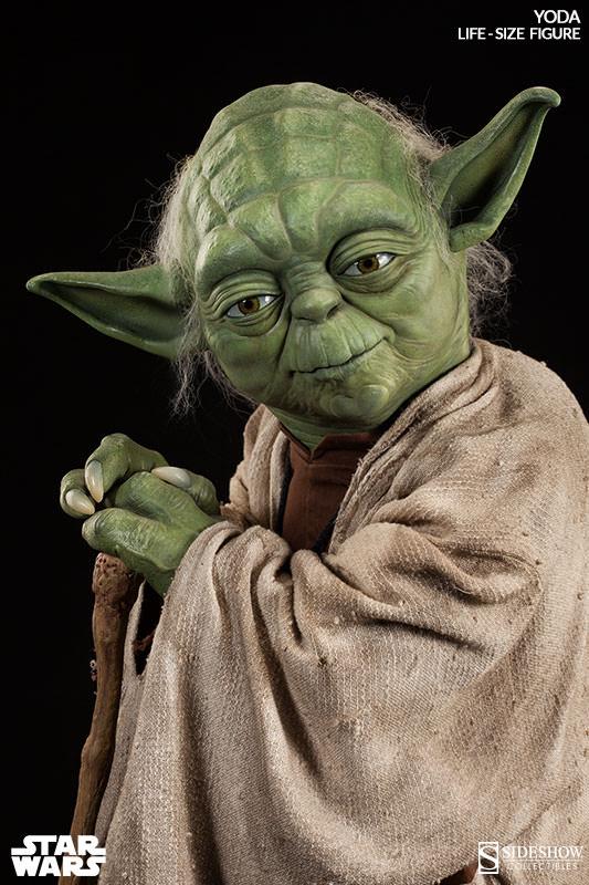 STAR WARS: YODA Life size figure Yoda-life-size-figure-400080-yoda-04