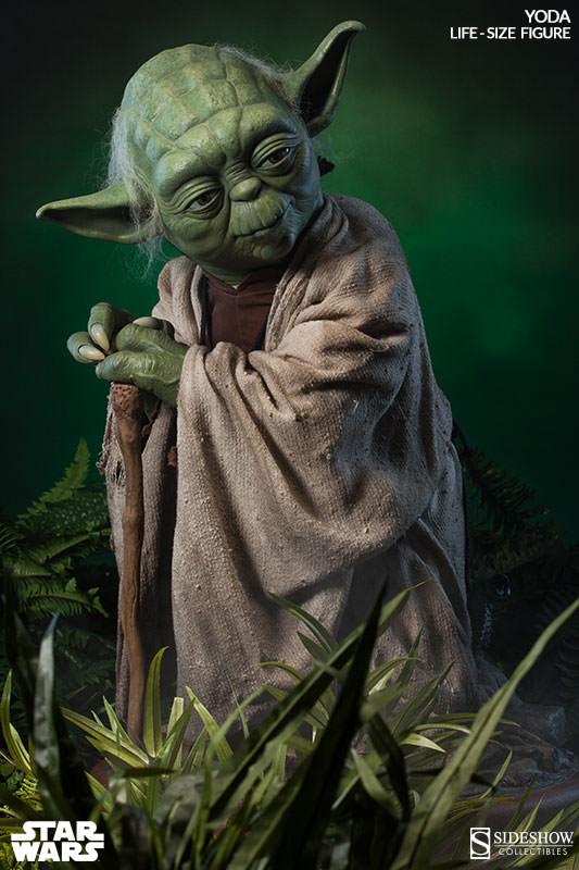 STAR WARS: YODA Life size figure Yoda-life-size-figure-400080-yoda-06