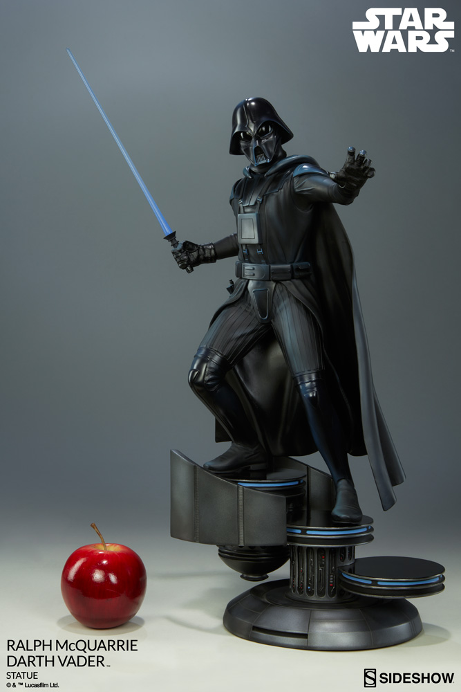 RALPH McQUARRIE DARTH VADER polystone statue Star-wars-ralph-mcquarrie-darth-vader-statue-200371-02