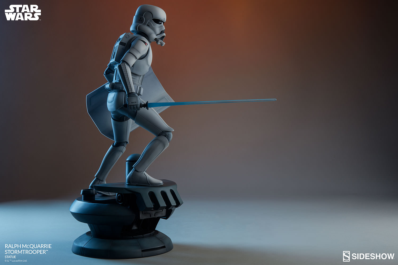 RALPH McQUARRIE STORMTROOPER Statue Star-wars-ralph-mcquarrie-stormtrooper-statue-2003731-15
