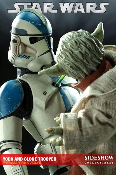 STAR WARS: YODA AND CLONE Premium format Yoda-and-clone-7216-07