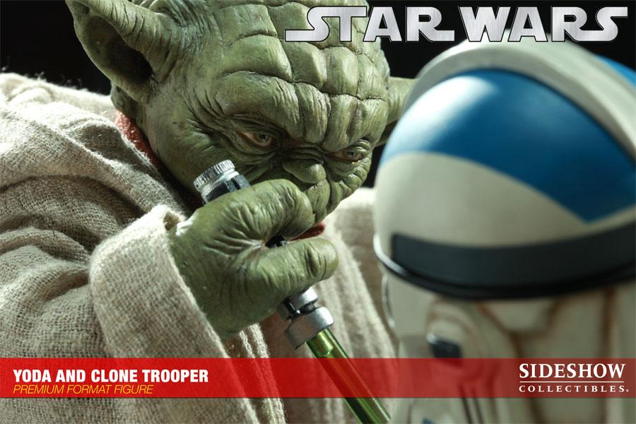 STAR WARS: YODA AND CLONE Premium format Yoda-and-clone-7216-09