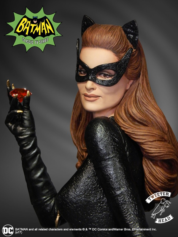 """CATWOMAN """"RUBY EDITION"""" MAQUETTE DIORAMA Catwoman-01"""